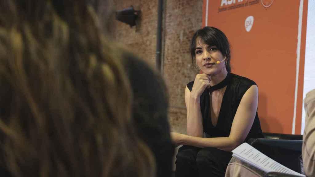 Esther Vaquero ha moderado una mesa redonda sobre el asma grave.