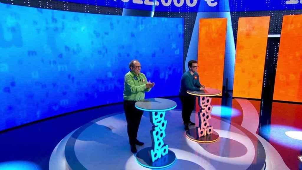 Ambos concursantes utilizan la misma estrategia en 'El Rosco'.