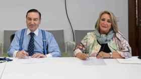 Los periodistas Pedro J. Ramírez y Esther Esteban