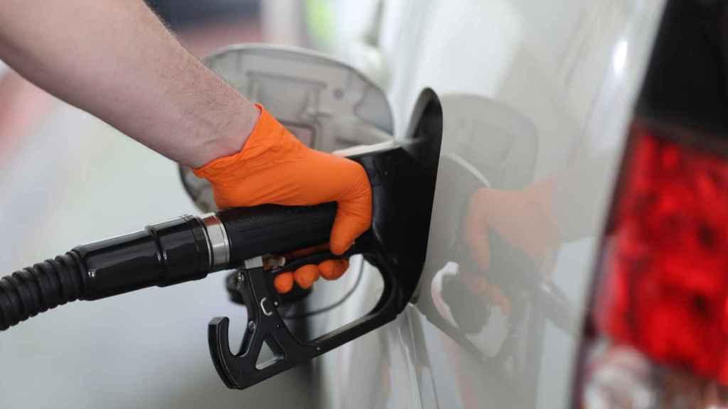 En 2040 no se podrán vender coches diésel, de gasolina, híbridos ni enchufables.