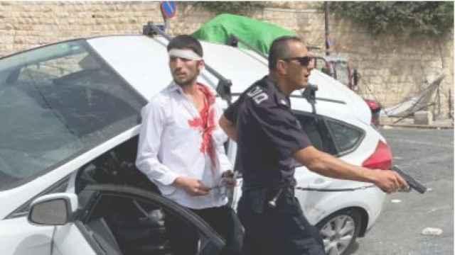 La batalla entre palestinos y judíos se libra a ras de suelo: se busca mediador que evite la cuarta guerra