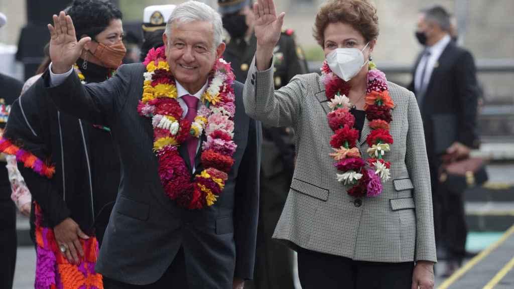 Andrés Manuel López Obrador y Dilma Rousseff, durante las celebraciones de la fundación de México-Tenochtitlan.