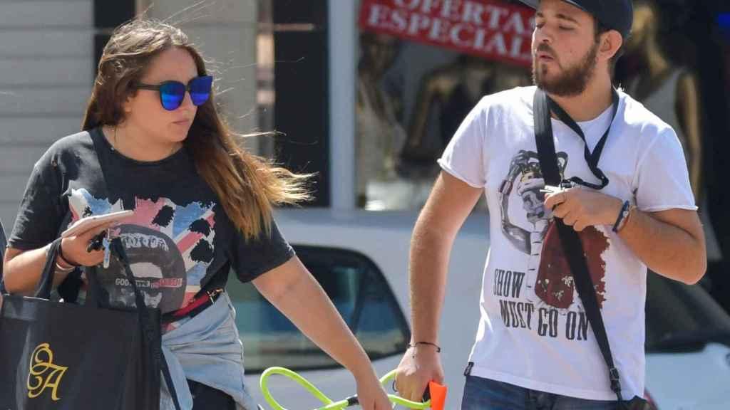 David junto a su hermana Rocío en una imagen de 2019.