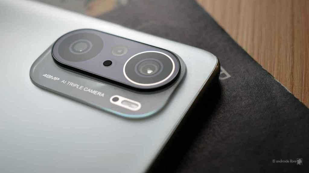 Triple cámara del POCO F3