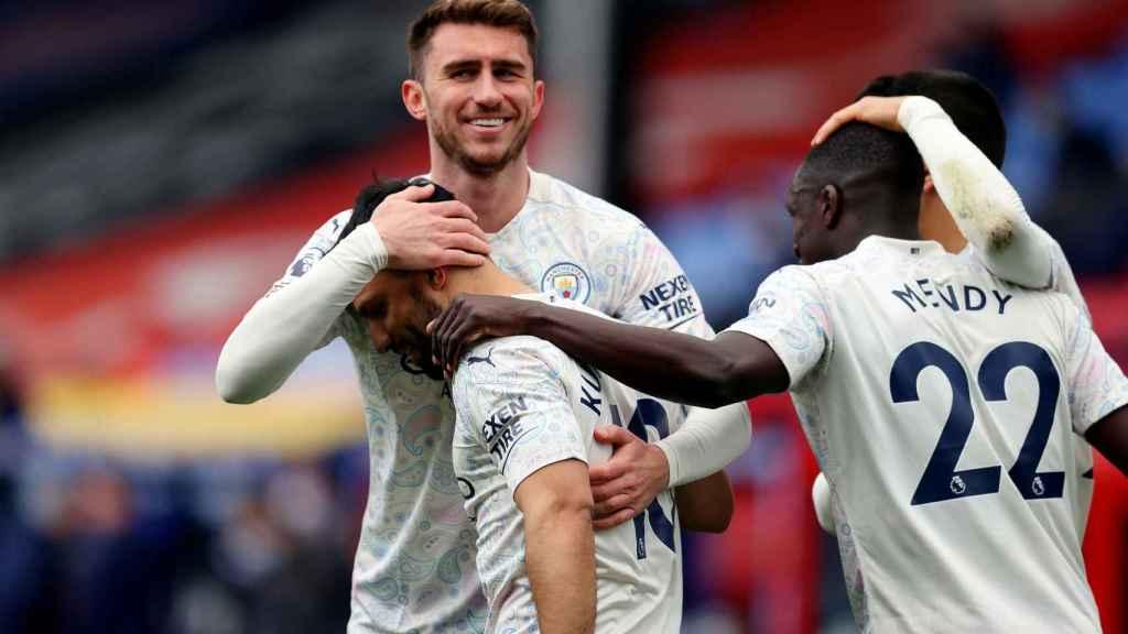 Laporte celebrando un gol con el Manchester City