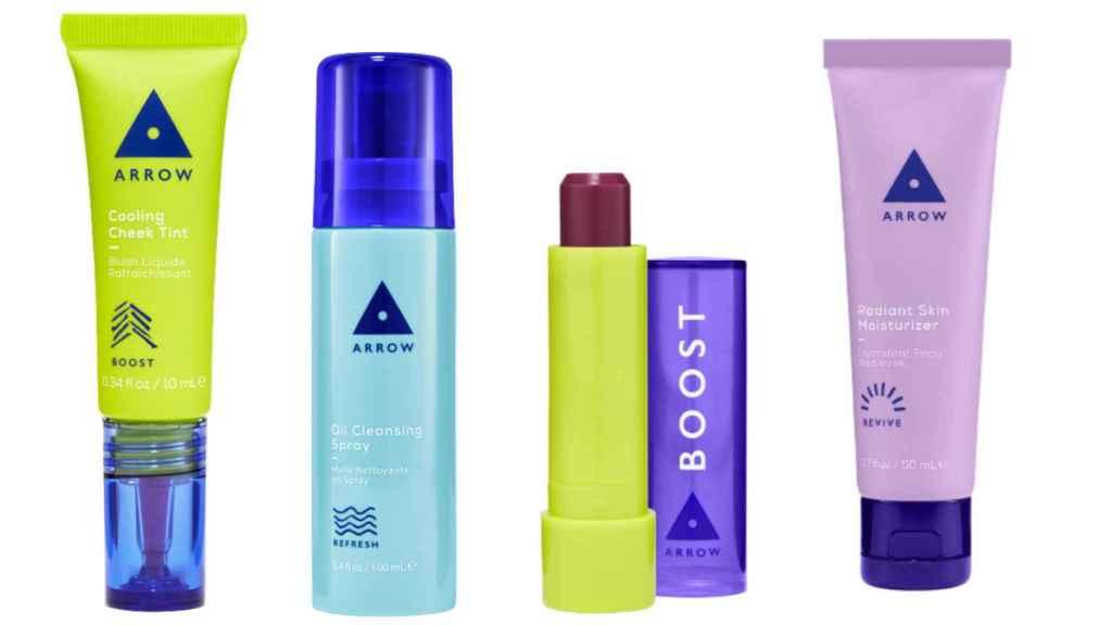 Varios productos de Arrow en un montaje de EL ESTILO.