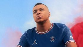 Mbappé presenta la nueva camiseta del PSG