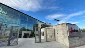 Entrada al edificio de la sede de Acciona en Madrid.