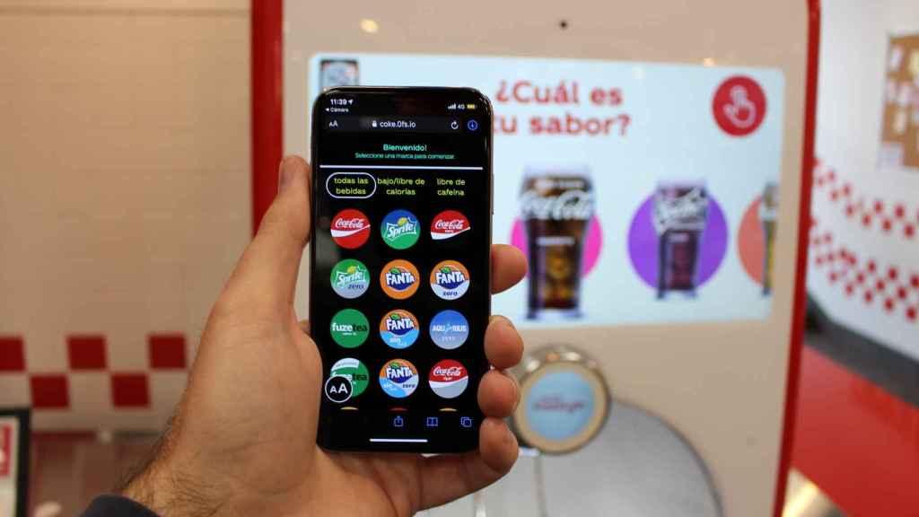 El móvil se convierte en la máquina de bebidas de Five Guys.