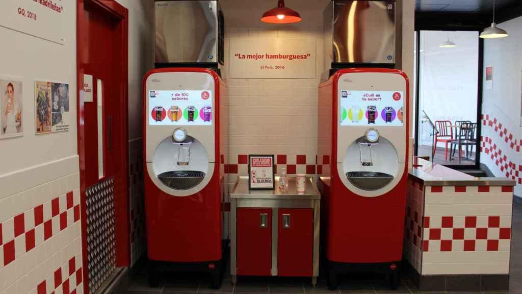 Las nuevas máquinas FreeStyle S9100 de Coca-Cola de Five Guys.