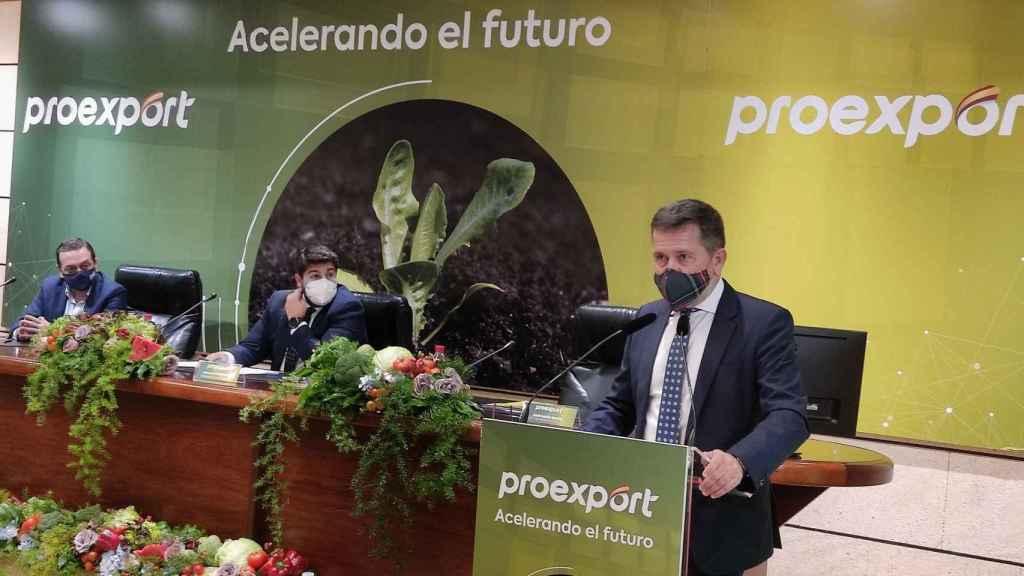 Juan Marín, presidente de Proexport, durante su intervención en la asamblea general.