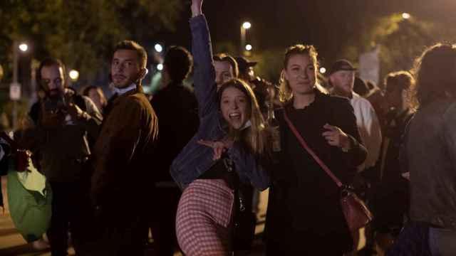 Botellones y fiestas ilegales el primer fin de semana sin estado de alarma ni toque de queda