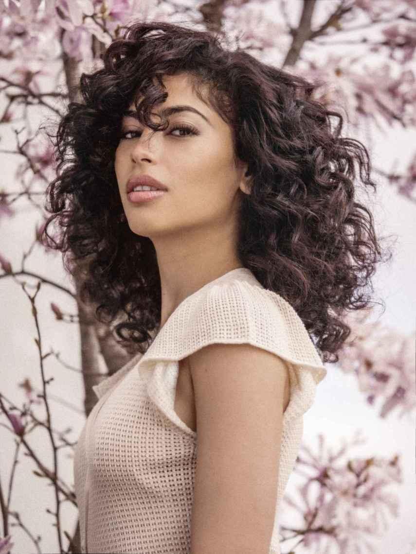 La actriz tuvo complejo con su pelo rizado en su adolescencia.