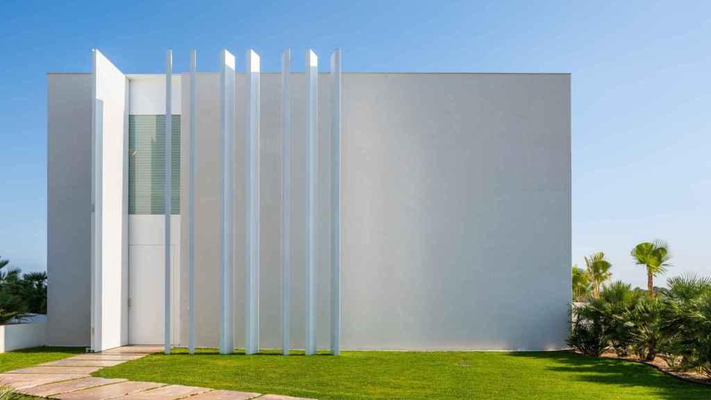 Imagen de uno de los laterales de la villa Morning Breeze.