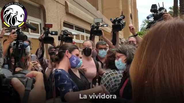 La ministra Irene Montero, increpada en Valencia.