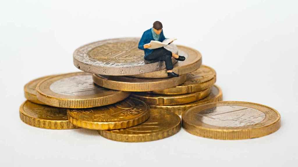 Inversiones, monedas, impacto.