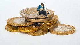 Inversiones, monedas, finanzas personales.