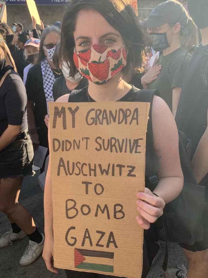 Andréa Becker en una manifestación en Brooklyn el pasado fin de semana.