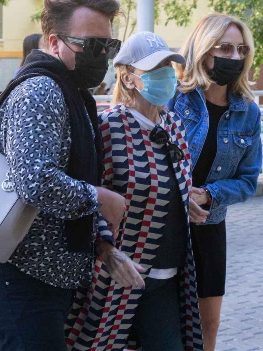 Mila Ximénez, a su llegada al hospital La Luz de Madrid.