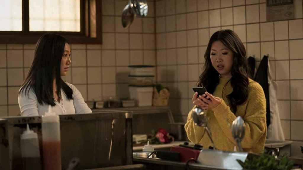 Olivia Liang y Shannon Dang en el cuarto episodio de 'Kung Fu'.