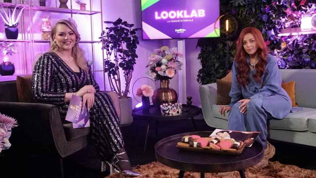 Nikkie entrevista a los artistas de Eurovisión 2021 en 'Looklab with Nikkietutorials'.