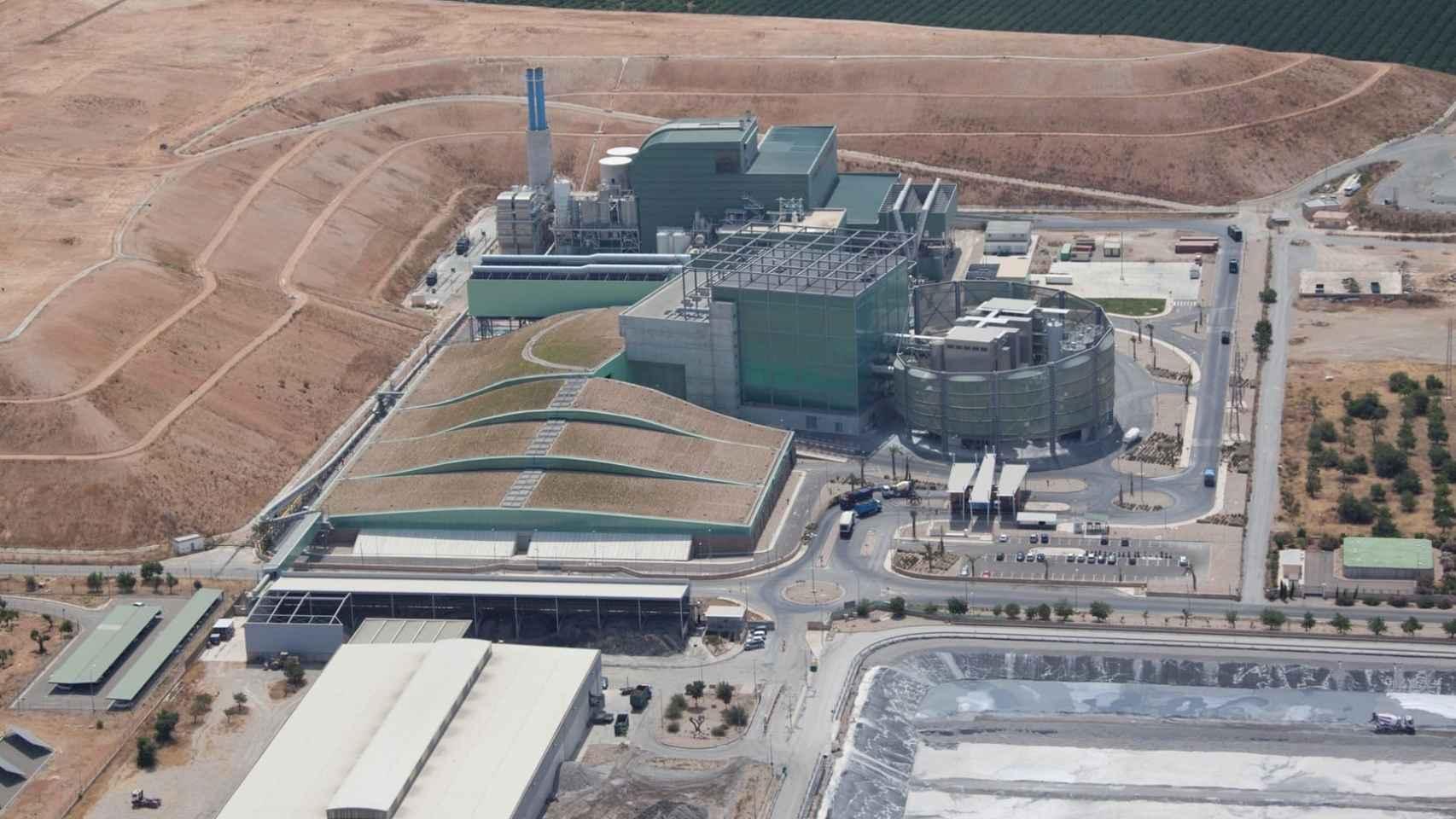 La basura en vertederos genera un 245% más de emisiones que su valorización energética