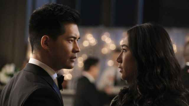Eddie Liu y Olivia Liang en 'Kung Fu'.