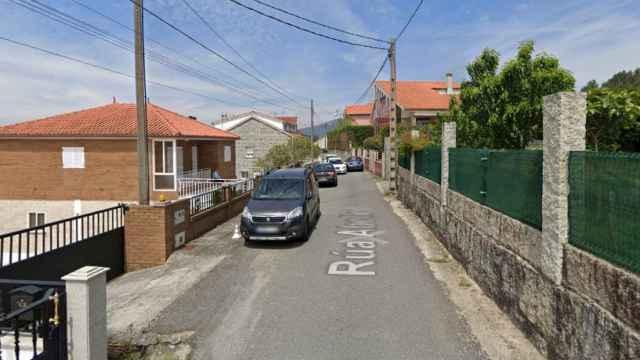 La calle Abelle, en Rubiáns (Vilagarcía de Arousa), el lugar donde sucedieron los hechos.