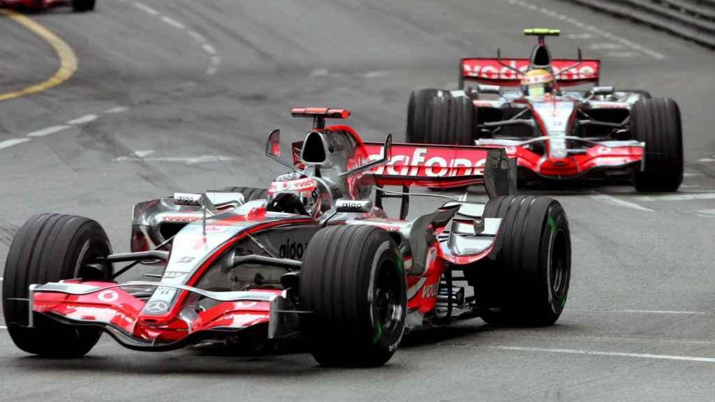 Fernando Alonso, con el McLaren de 2007 en el Gran Premio de Mónaco