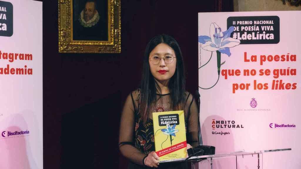 Paloma Chen, premiada con el Premio de Poesía Viva de 2021