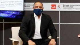 Roberto Carlos, en la Semana Blanca de la Escuela Universitaria Real Madrid Universidad Europea