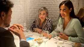 El alcalde de Alicante, Luis Barcala, y las vicealcaldesas de Madrid y Alicante, Begoña Villacís y Mari Carmen Sánchez, ayer cenando en la capital.
