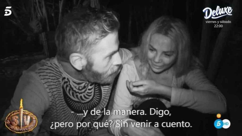 Sylvia Pantoja llorando por los ataques de Omar.