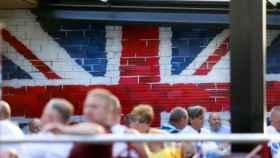 Británicos en la zona inglesa de Benidorm, en imagen de archivo.