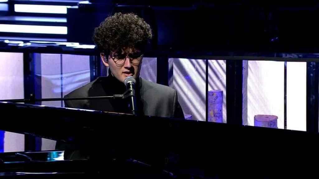 La actuación de Gjon Tears en Telecinco vio 4559.000 espectadores.