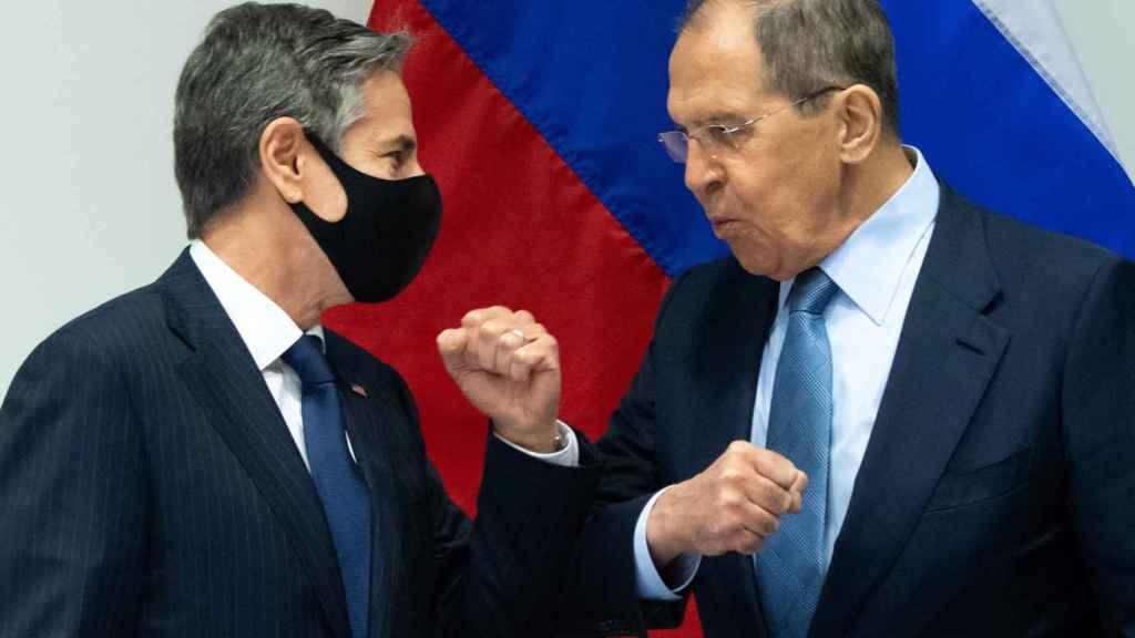Antony Blinken y Serguéi Lavrov, tras la reunión.