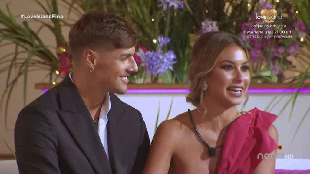 Miguel y Celia, ganadores de la primera edición de 'Love Island España'.