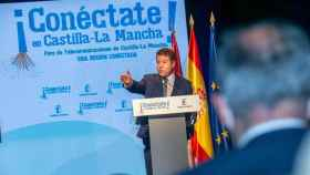 """El presidente de Castilla-La Mancha, Emiliano García-Page, destaca el """"salto de gigante"""" de la región en instalación de fibra óptica, casi un 400% desde 2015"""