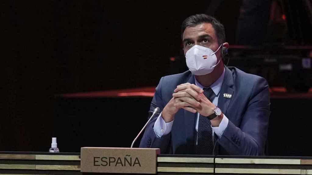 El presidente del Gobierno, Pedro Sánchez, durante la cumbre de Oporto a principios de mayo.