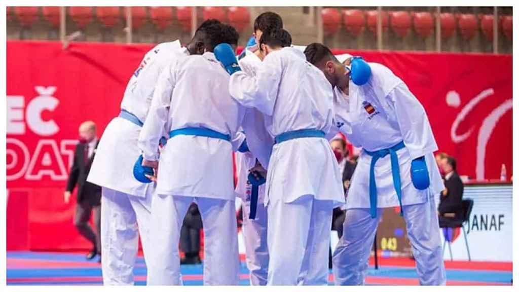 El equipo masculino nacional de kumite, kárate