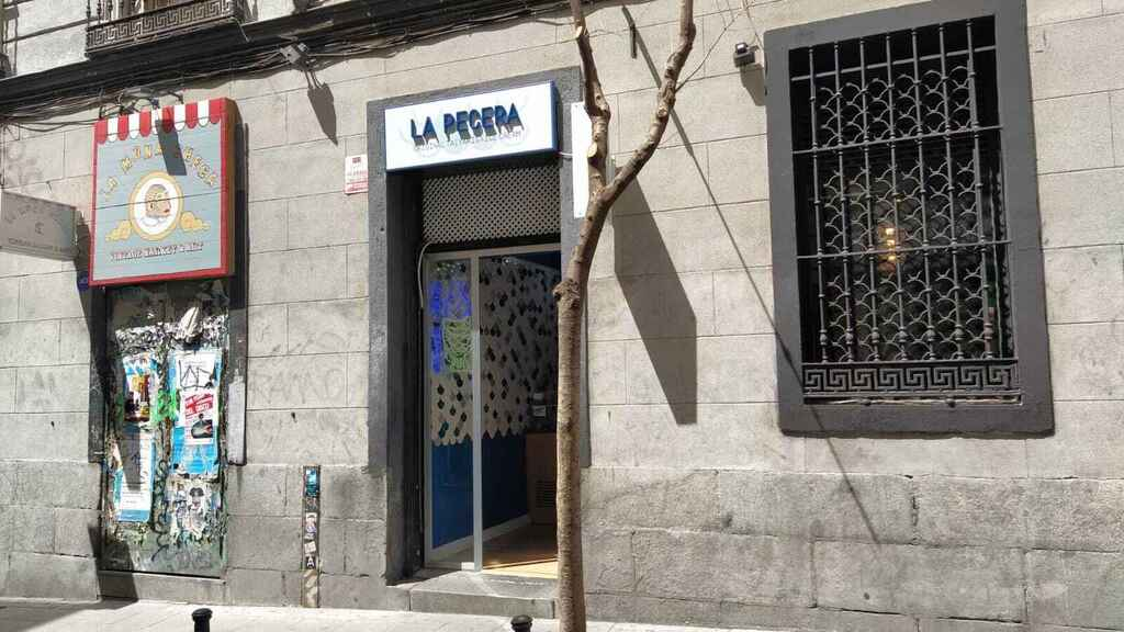 La heladería La Pecera, situada en el número 2 de la calle Velarde.