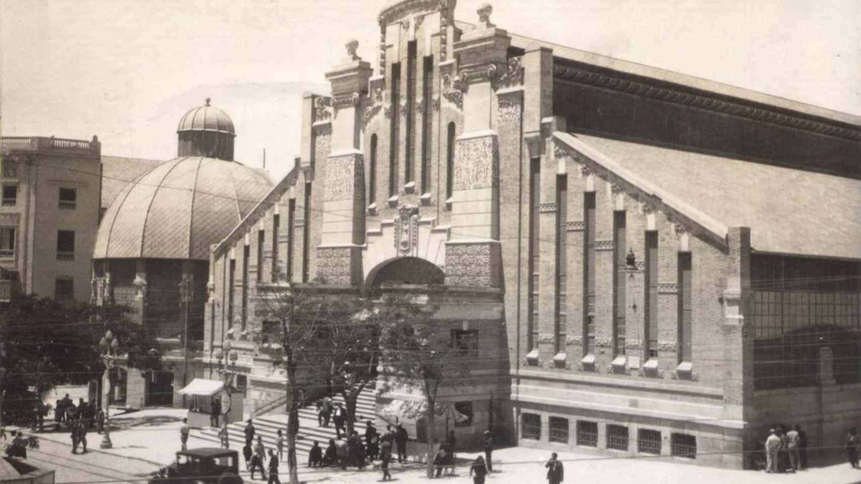 El Mercado Central de Alicante, en 1931. El 25 de mayo de siete años después sufrió el mayor bombardeo a la población civil.