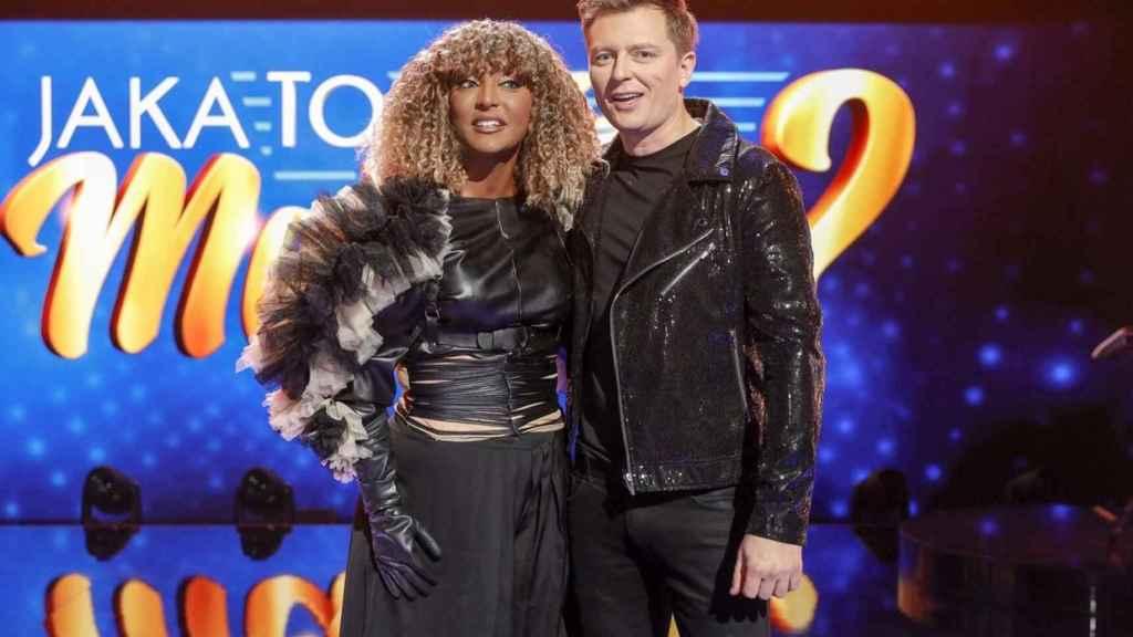 Senhit visitó la televisión polaca antes de Eurovisión.