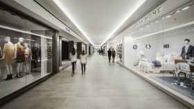 Imagen de dos tiendas de Zara.