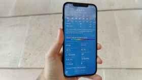 Aplicación del tiempo mostrando la calidad del aire en España.