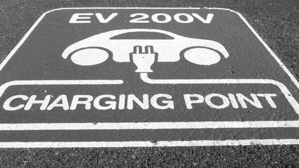 Universalizar el pago para impulsar la movilidad eléctrica