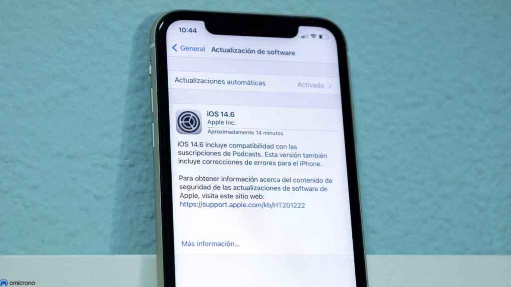 iOS 14.6 en un iPhone 11.