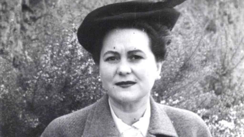 En el archivo de Anna M. Torre Amat se observan sus diferentes modelos.