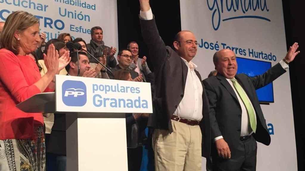 El exalcalde popular de Granada, José Torres Hurtado, y Sebastián Pérez.
