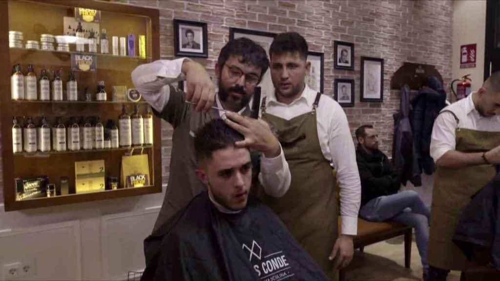 La cadena de peluquerías Carlos Conde protagonizará el primer programa.